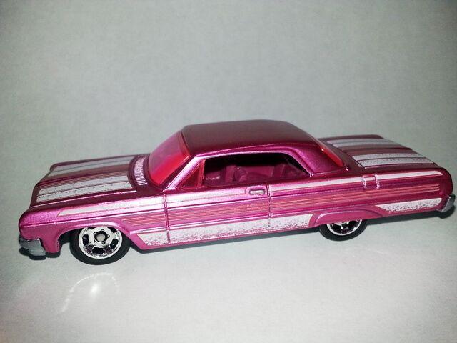 File:HW-Cool Classics--20-'64 Impala.jpg