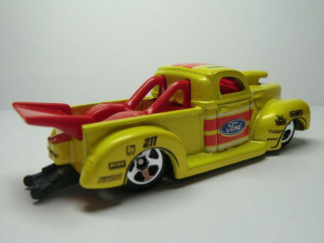 File:'40 Ford Pick Up Truck CIMG1761.JPG