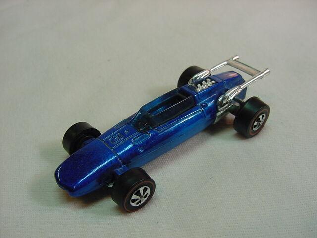File:1969 Indy Eagle Blue Black Painted Base Flyin Colors.jpg