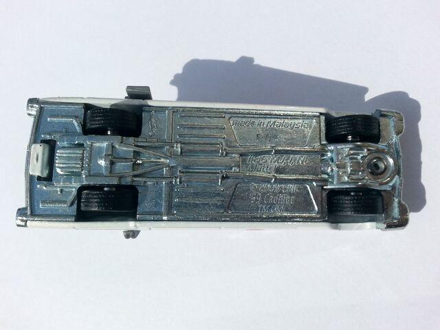 File:Ghostbusters Ecto-1 underside.jpg