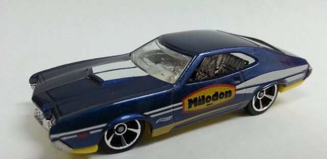 File:1972 Ford Torino Sport 2014 Milodon blue.jpeg