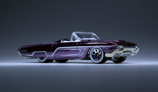 File:Ford T-Bird 1963 (spectraflame purple-7SP).jpg