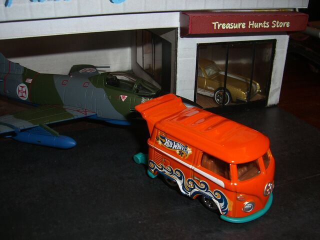 File:Orange kool kombi.jpg
