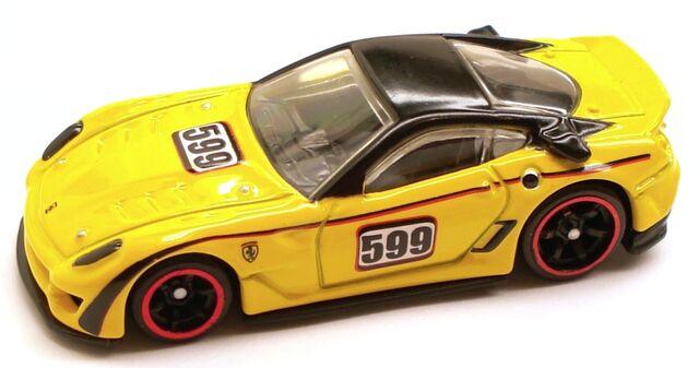 File:Ferrari599XX Speed Yellow.JPG