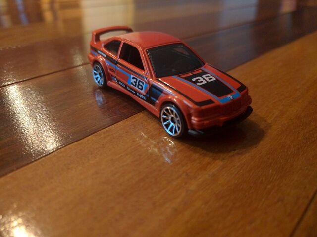 File:2016 BMW E36.jpg