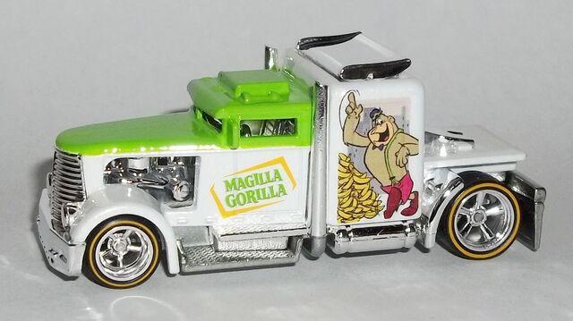 File:HW-Hanna Barbera-Convoy Custom-Magilla Gorilla-.jpg