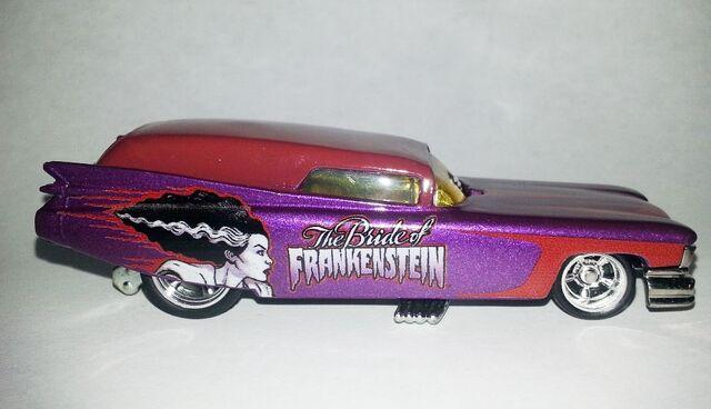 File:HW-Universal Monsters-'59 Cadillac Funny Car-The Bride Of Frankenstein..jpg