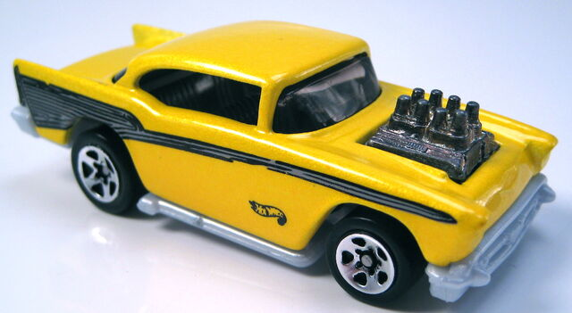 File:57 Chevy pearl yellow metal body 5sp GREY base.JPG