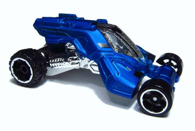 File:2014 BBF70 Max Steel Turbo Racer.jpg