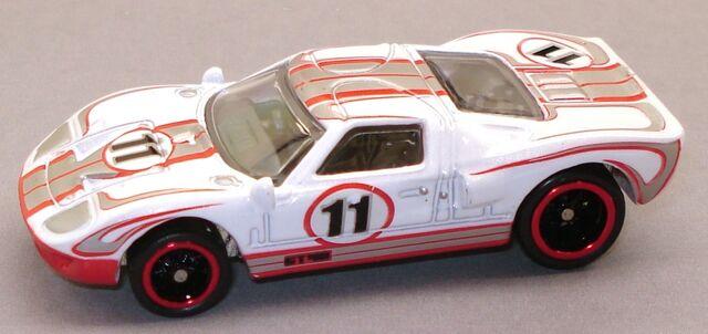File:GT40 11G White.JPG
