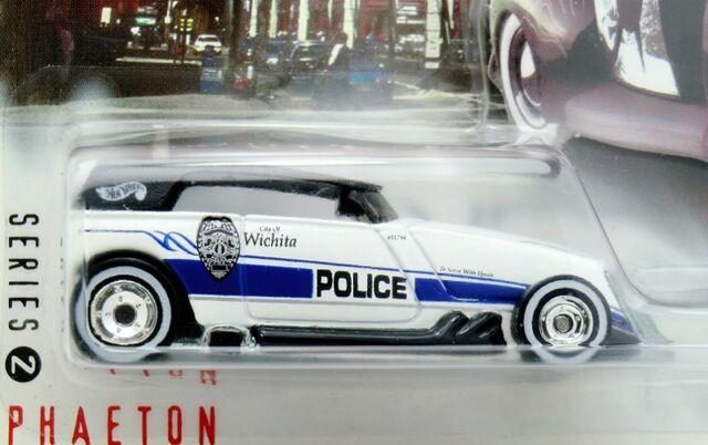 File:Phaeton-2000 Cop Rods.jpg