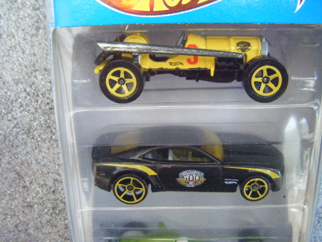 File:Hot Wheels 2012 5 pack Indianapolis 500 top.JPG