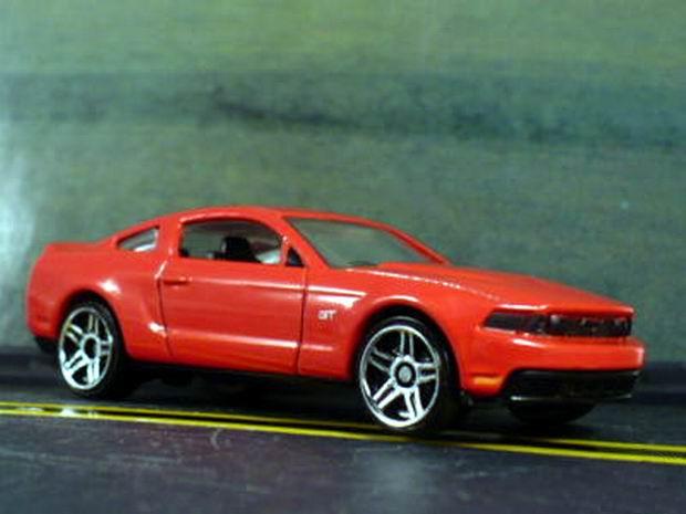 File:2010 Ford Mustang.jpg