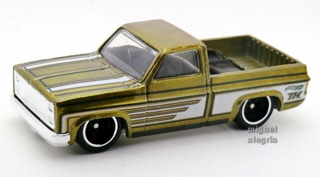 File:'83 Chevy Silverado-2014 136 TH.jpg