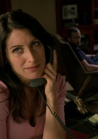 File:Lisa-Cuddy-in-House-6-21-Baggage-lisa-edelstein-12099536-1280-720.jpg