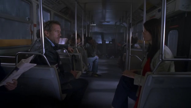 File:S04E15 House on the bus.jpg