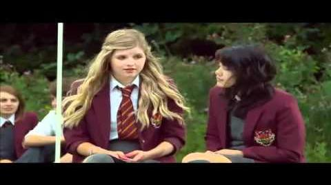House of Anubis Character Profile - Amber