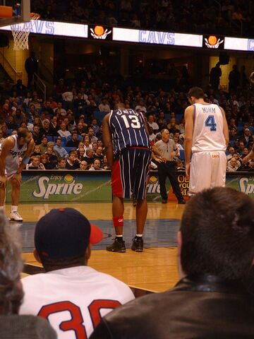 File:2003 0205 215853AA Game second half Cato and Mihm.JPG
