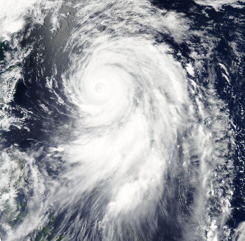 File:Typhoon Guchol Jun 18 2012 Aqua.jpg