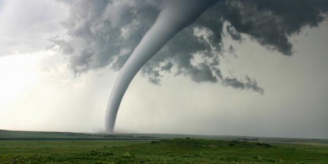 File:Tornadic waterspout.png