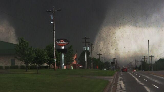 File:Moore Tornado.jpg