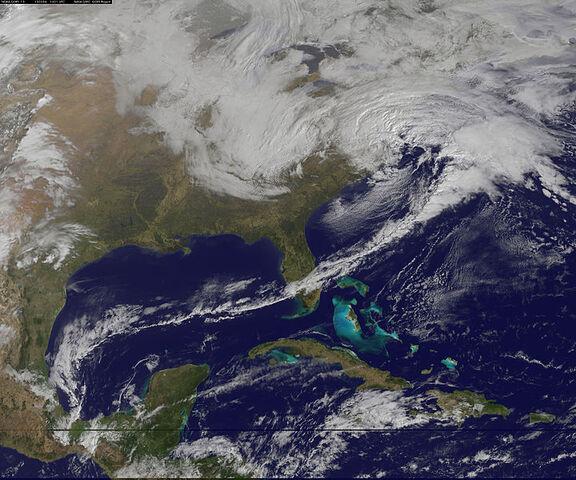 File:Winter Storm Hits the Mid-Atlantic.jpg