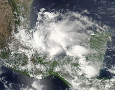 Tropical Storm Barry 2013-06-19 1945Z