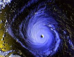 Hurricane Isaac (2000)