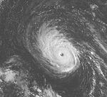 Hurricane Isaac (2000) GOES 9-28-00.jpg