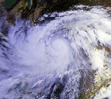 File:Typhoon Ruby 23 oct 1988 2236Z.jpg