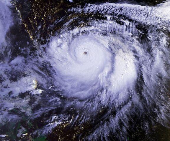 File:Typhoon Mireille 22 sept 1991 2236Z.jpg