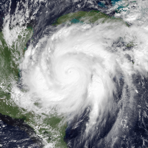 File:Wilma Oct 19 2005 1615Z.png