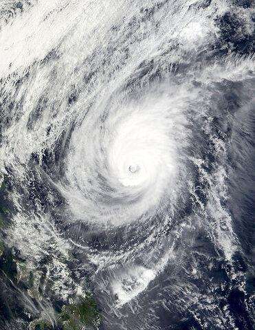 File:Typhoon Mitag 06 mar 2002 0210Z.jpg