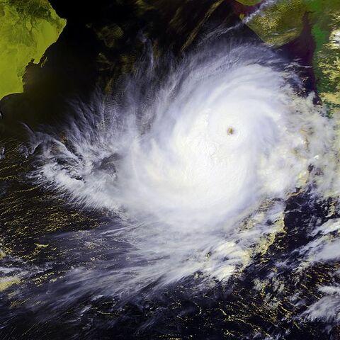 File:Tropical Cyclone 01A 24 may 2001 0936Z.jpg