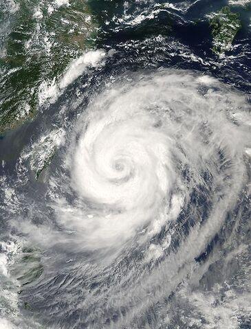 File:Typhoon Rananim 11 aug 2004 0510Z.jpg