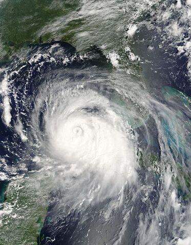 File:Katrina 27 aug 2005 1620Z.jpg