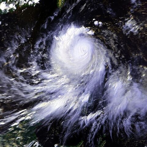 File:Typhoon Koryn 25 jun 1993 0609Z.jpg