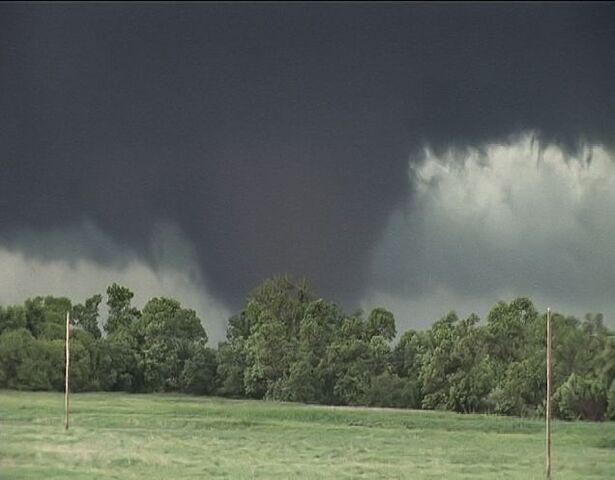 File:Tornado 40.jpg
