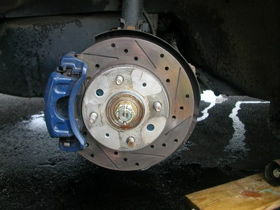 File:Wheel stud replacement 001.jpg