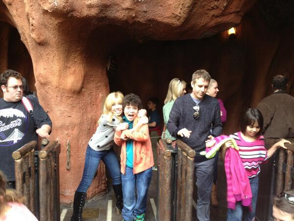 File:Jennette hugging Cameron before a Disneyland ride.jpg