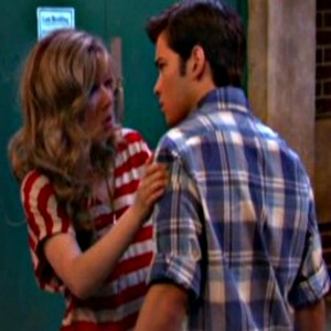 File:Favorite seddie kiss 4.jpg