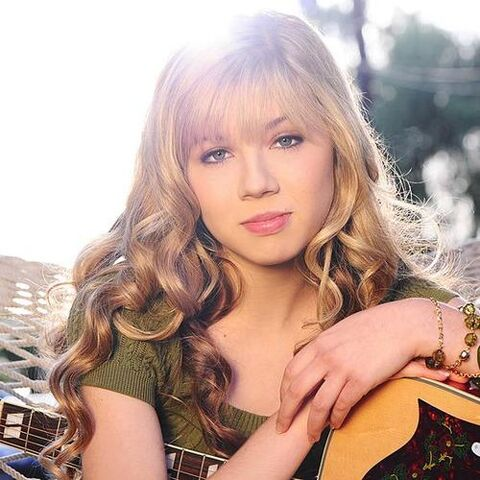 File:Jennette McCurdy soclose.jpg