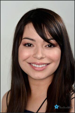 File:Miranda Cosgrove Teen Stars World photo 2012 - 2.jpg