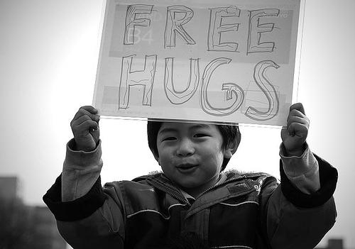 File:Free 'cute' hugs.jpg