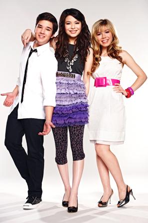 File:Carly, Sam, Freddie.jpg