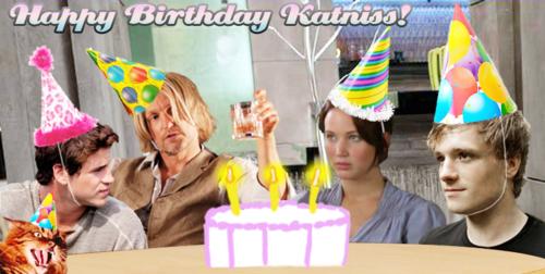 File:Katniss.png