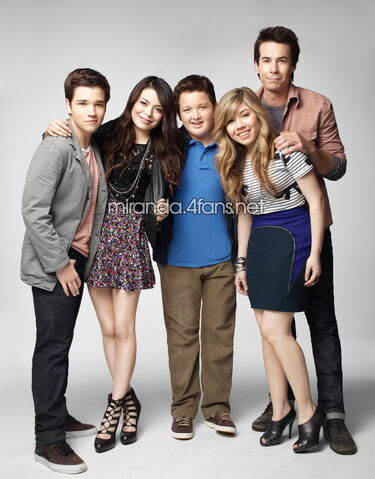 File:Icarly-s4-35HR.jpg