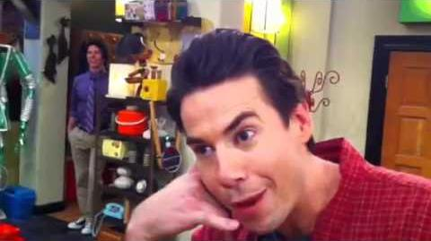 ICarly This JUST Happened On Set )