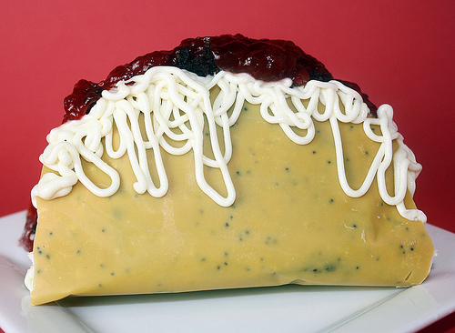 File:Dessert Taco.jpg