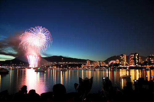 File:Celebration of light 2007 - vancouver, canada, fireworks.jpg